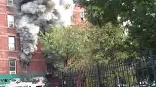 getlinkyoutube.com-New York City Fire in Hell's Kitchen