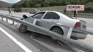 Cenaze Yolunda Kaza Yaptılar: 4 Yaralı