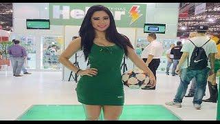 Football freestyle Brazilian girl - Raquel Benetti in Motorcycle Show!!