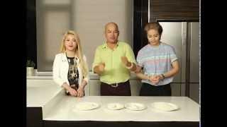 getlinkyoutube.com-[Bếp Chiến] Gill Lê và Mia làm bánh khoai mì ( Phần 1)