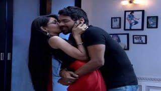 getlinkyoutube.com-Kumkum Bhagya:  Abhi and Pragya's Cute Romance And Fight On Date