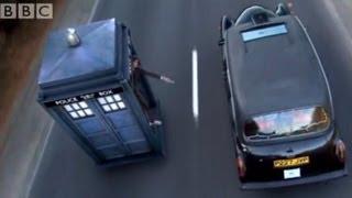 getlinkyoutube.com-Taxi vs Tardis - Doctor Who - The Runaway Bride - BBC