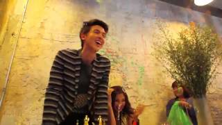 getlinkyoutube.com-เจมส์-เบลล่า just the way you are Lemonademag
