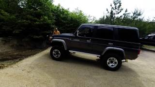 getlinkyoutube.com-landcruiser76 新旧ランクル76対決!!