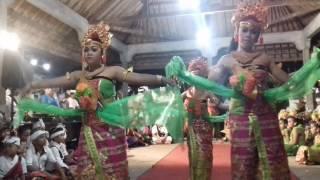 Tari Burat Wangi (Burat Wangi Dance)