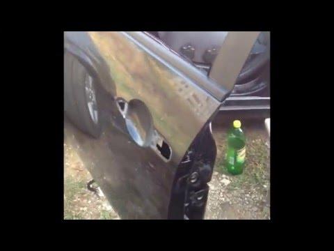 Устранение дребезга левой передней двери на автомобиле Ниссан Примера Р12