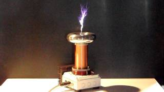 getlinkyoutube.com-Mini Audio Modulated Tesla Coil V2.0