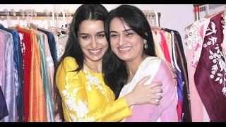 getlinkyoutube.com-Shraddha Kapoor with Mom Padmini Kolhapure & Shilpa Shetty at Women Entrepreneurs Exhibition 2015