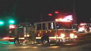 getlinkyoutube.com-WOW!! Fire Engine in abundance going to a bad fire