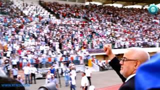 getlinkyoutube.com-شاهد: ردة فعل الجماهير الفاسية أثناء وصول بنكيران للمركب الرياضي