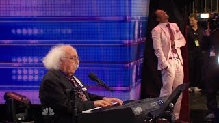 getlinkyoutube.com-America's Got Talent S09E06 Ray Jessel 84 Year Old performs Must See Hilarious Original Song