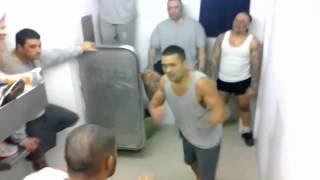 getlinkyoutube.com-Gruesome Prison fight Prisoners go bare knuckle