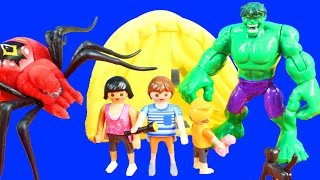 getlinkyoutube.com-Wild Pets Spiders Scare Playmobil Summer Fun Camping Family Hulk Shakes Family Tent