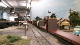getlinkyoutube.com-Long ho train entering a siding on bad track.