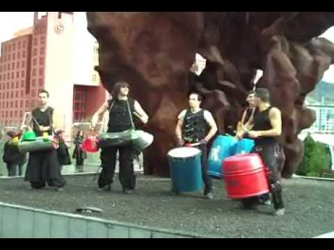 Música con materiales reciclados en Bilbao