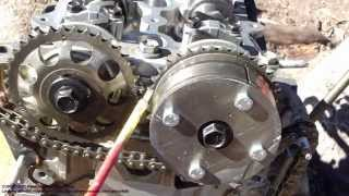 getlinkyoutube.com-How to assemble engine VVT-i Toyota Part 30: Timing chain setup and installation