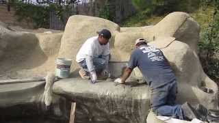 getlinkyoutube.com-Koi pond construction part 7 - faux/artificial boulders & waterfall texture coat, waterproofing