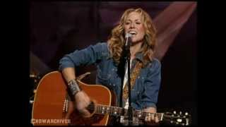 "getlinkyoutube.com-Sheryl Crow & Kris Kristofferson - ""Me and Bobby McGee"" - presented by Willie Nelson"