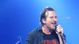 getlinkyoutube.com-Pearl Jam 10-16-2014 Detroit Mi Full Show Multicam SBD Blu-Ray