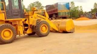 getlinkyoutube.com-อีแต๋นหนองบัว Thai Farm Trucks....