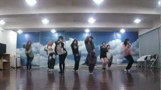 getlinkyoutube.com-SNSD - Mr. Taxi & The Boys Dance sm practice room Oct.2011 GIRLS' GENERATION