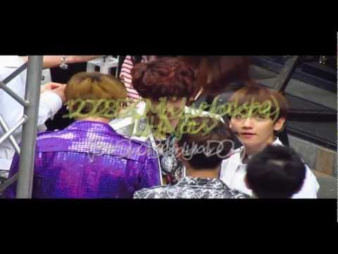 120728 EXO Mini Live (Backstage) - LUHAN focus ft.members