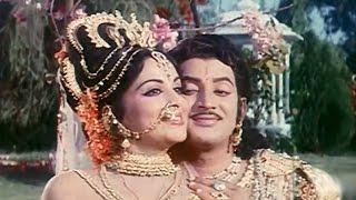 getlinkyoutube.com-Kurukshetram Movie || Mrogindi Kalyana Veena Video Song || Krishnam Raju, Shoban Babu