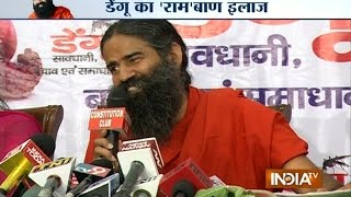 getlinkyoutube.com-Dengue Treatment: Baba Ramdev's Remedy for Dengue Fever - India TV