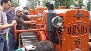 getlinkyoutube.com-Avviamento trattore Ursus 55 a testa calda.wmv