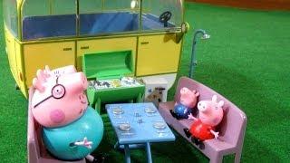 getlinkyoutube.com-Peppa Pig Camper Van Playset Bandai - Juguetes de Peppa Pig