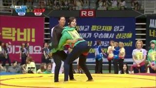 getlinkyoutube.com-Leo (VIXX) & Eunji (Apink) Moments