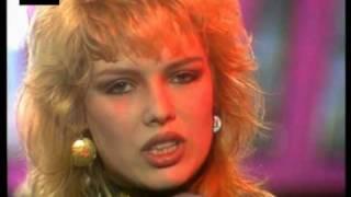 getlinkyoutube.com-Kim Wilde - Chequered Love (1981) HQ 0815007