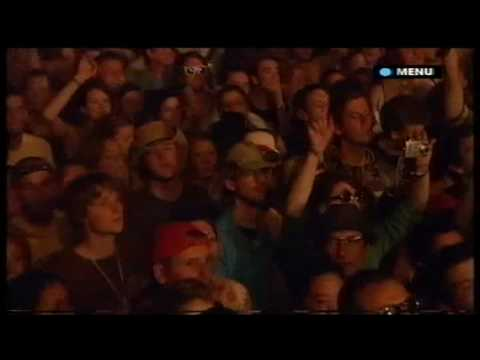 Gossip - Standing In The Way Of Control (Live @ Glastonbury '2007)