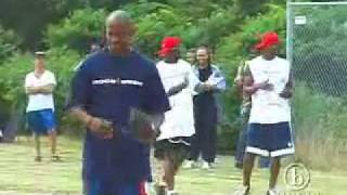 Aaliyah, Damon Dash, P. Diddy   Jay-Z Playin' Softball.flv