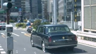 getlinkyoutube.com-2012/03/21 天皇御料車と白バイとパトカーが首都高霞ヶ関出口から現れた!