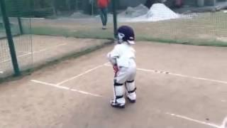 getlinkyoutube.com-3 years old SHAYAN jamal # practice sessions # the wonder boy youngest under 12 cricketer from Delhi