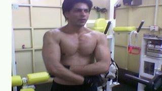 getlinkyoutube.com-Happy New Year | Shahrukh Khan Abs Secret Revealed