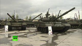 getlinkyoutube.com-'Ejército 2015': Rusia presenta su armamento más avanzado