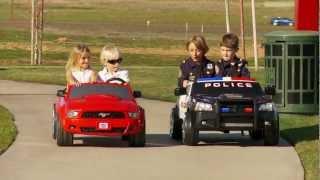 getlinkyoutube.com-Power Wheels Race Police Charger vs Mustang