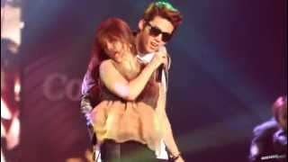 getlinkyoutube.com-[Fancam] 121129 Coway Concert 내귀에 캔디 택연(Taecyeon テギョン 2pm)