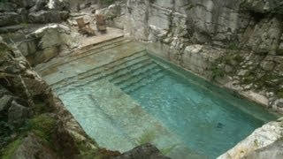 getlinkyoutube.com-Swim in a luxurious quarry-turned-pool