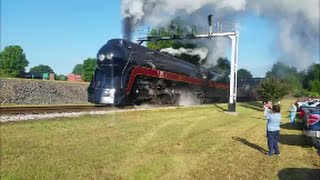 getlinkyoutube.com-THE QUEEN [NORFOLK & WESTERN] 611 With SPIRIT!! & Insane Whistle & Chase & Pacing N&W 957