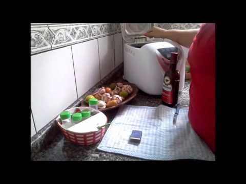 Pizza caseira com massa feita na Máquina de Pão