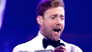 getlinkyoutube.com-Ricky Wilson and Stevie McCrorie - Get Back - Live Finals - The Voice UK 2015