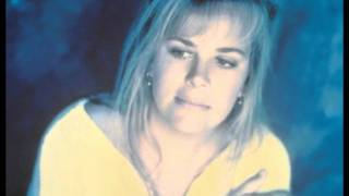 getlinkyoutube.com-Mary Chapin Carpenter - A Place In The World