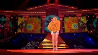 getlinkyoutube.com-Kylie Minogue - Better The Devil You Know live - BLURAY Aphrodite Les Folies Tour - Full HD