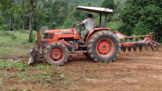 getlinkyoutube.com-คู โบต้า / KUBOTA M5000 Tractor , Koh Samui Thailand