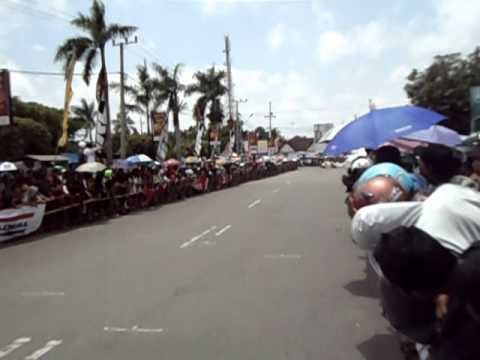 KEJURDA ROAD RACE 2011 PONOROGO By OOM AZA.AVI