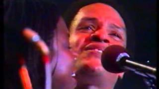 getlinkyoutube.com-Casino Lights Montreux 1981 - Precious Love