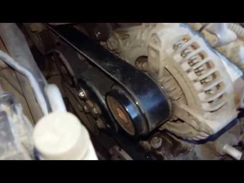 Где находится ремень генератора в Toyota ISis